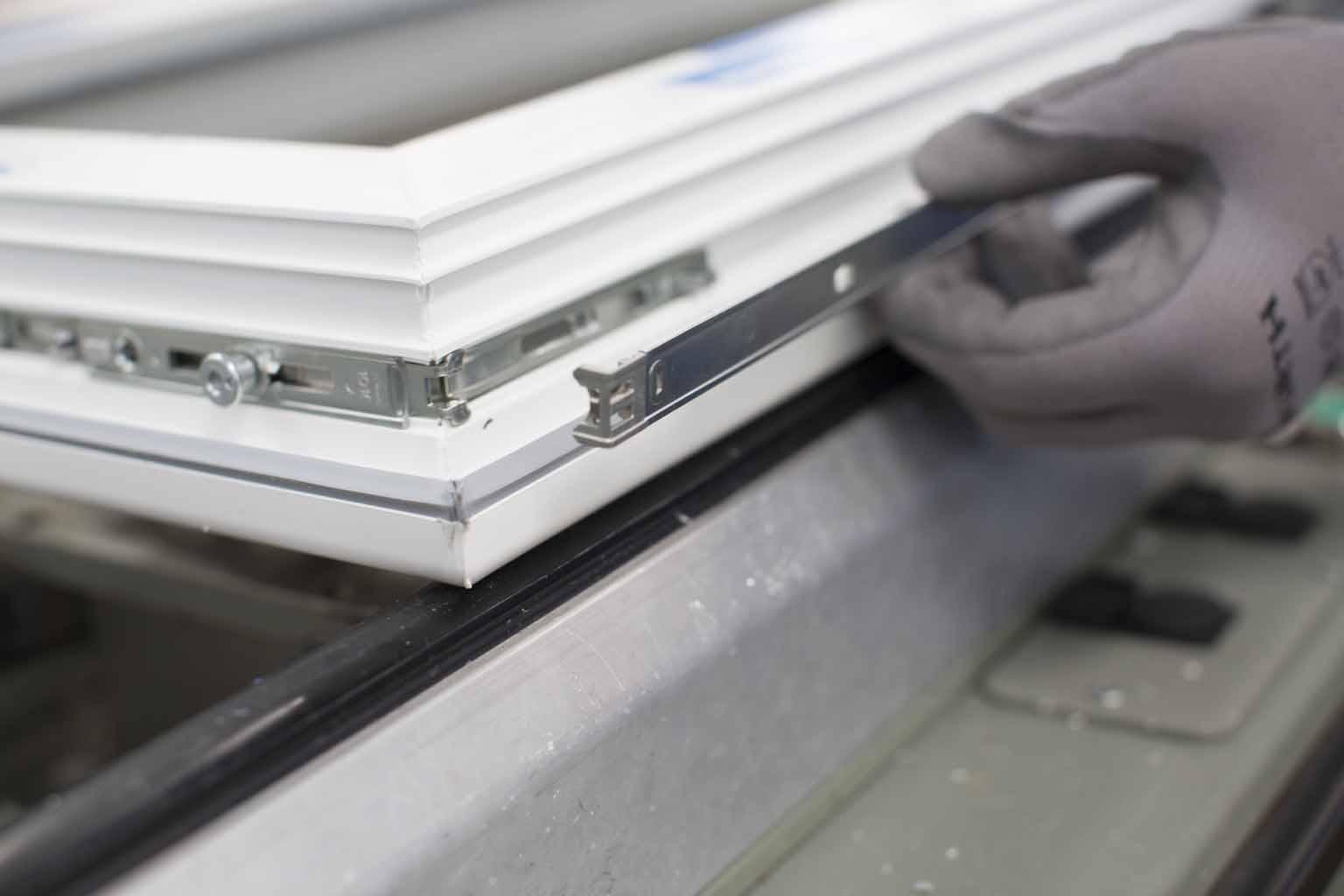 Serramenti Pvc O Alluminio Opinioni serramenti: quale materiale scegliere tra pvc e alluminio